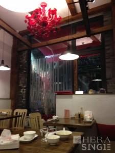 Image (2): A Chinese restaurant in Shanghai. Photographer: IP Tsz Ting (Penn), 2014